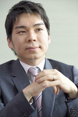 馬場龍行弁護士インタビュー写真1