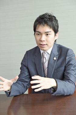 馬場龍行弁護士インタビュー写真2