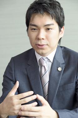 馬場龍行弁護士インタビュー写真3